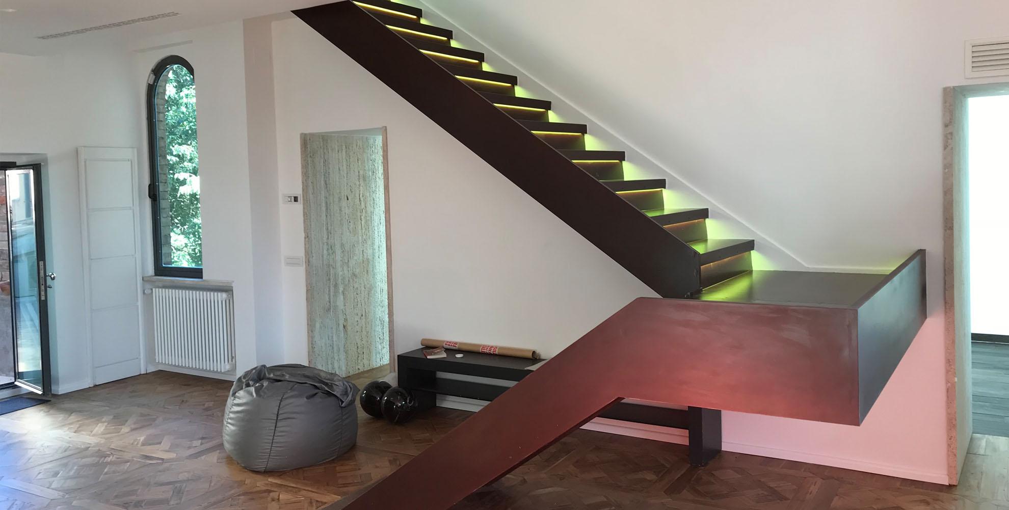 Slide soggiorno scala 219